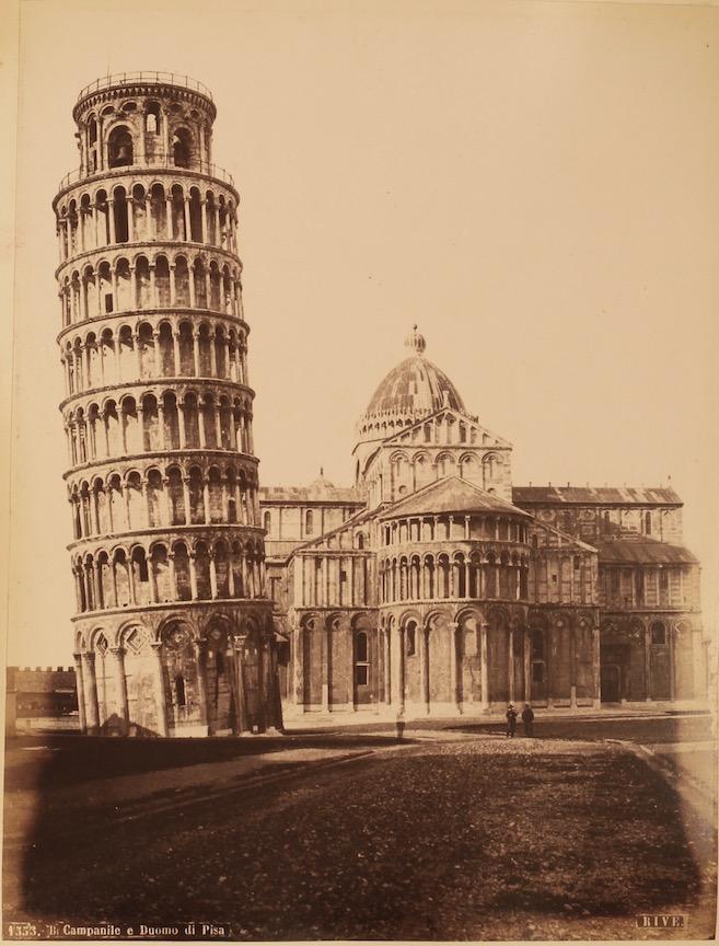 Fratelli Alinari et al.: Album of photographs of Italy, c. 1881-1892. £750